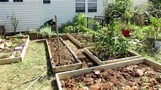 Garten Mit Hochbeeten Gestalten - designing a raised bed vegetable garden a fall makeover