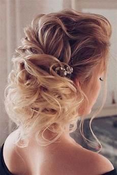 68 stunning prom hairstyles for long hair for 2019 68 stunning prom hairstyles for long hair for 2020 идеи причесок прически и средние прически