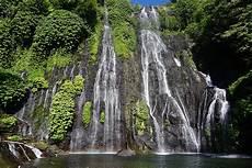 Menengok Segarnya Air Terjun Banyumala Bali Mongabay Co Id