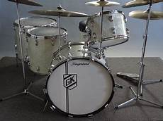 Slingerland 5 Pc Buddy Rich Drum Set With Canister Throne