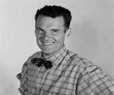 And Charles Eames - charles eames biography childhood achievements