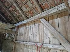 alte holzleiter zu verschenken altholz alte h 252 tte zu verschenken