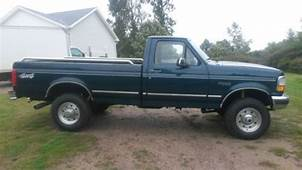 Buy Used Ford  F 250 XLT 1997 FORD HEAVY DUTY In