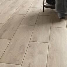 carrelage imitation parquet gris 13368 carrelage int 233 rieur en gr 232 s c 233 rame pleine masse beige 15 x 60 cm carrelage tiles