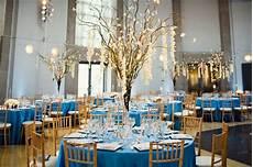 exemple de décoration de table mariage deco de mariage bleue mariageoriginal
