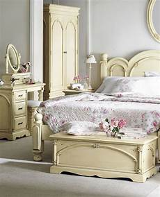shabby chic schlafzimmer 20 awesome shabby chic bedroom furniture ideas decoholic