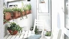 balkon wand gestalten sch 246 ne ideen f 252 r deinen balkon dein sommerwohnzimmer