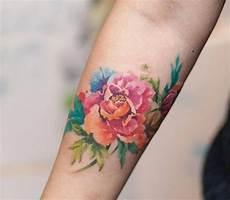 Watercolor Am Unterarm Sch 246 Ne Blume Tattoos