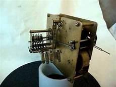 altes mechanisches uhrwerk foreign westminster