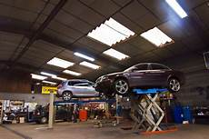 salle mecanique reparation voiture garage garage de bourgogne