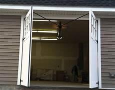 porte de garage ouverture battante budget maison