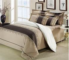 wholesale of 100 cotton embroidery patchwork bedding