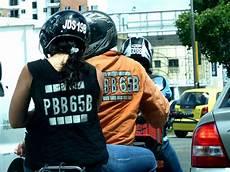 nouvelle taille de plaque d immatriculation pour les motos actu nouvelle taille de plaque d immatriculation pour les motos d 232 s le 1er juillet 2012