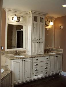 smaller area for double sinks but i like the storage