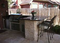 Small Outdoor Kitchen Plans