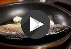 Fisch Richtig Braten - wie brate ich fisch im ganzen ichkoche at
