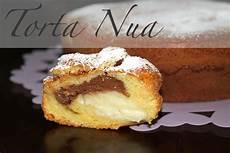 la torta nua si conserva in frigo profumo di fragole torta nua