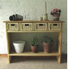fabriquer une console en bois console bois et osier esprit cabane idees creatives et