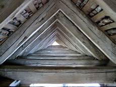 dachkonstruktionen aus holz tipps f 252 r eine g 252 nstige dachkonstruktion