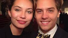 Cole Sprouse Freundin - sprouse and his model are the suitest
