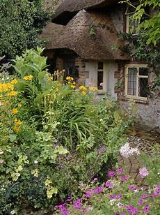 stunning country cottage gardens ideas 30 decorelated