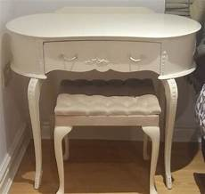 Shabby Chic Schminktisch - shabby chic dressing table and chair in sefton