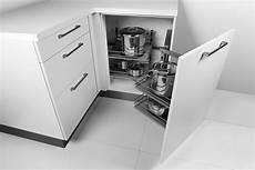 küche ecke nutzen eckschrank in der k 252 che alle eckl 246 sungen im 220 berblick