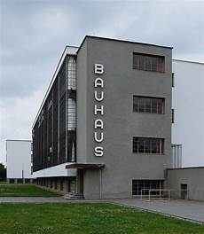 bauhaus school in dessau by walter gropius photo by