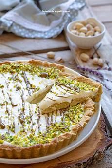 Crostata Al Pistacchio Crema Pasticcera Panna E Ricotta E Frutti Di Bosco The Foodteller | crostata al pistacchio con crema al latte impastando a