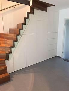 Einbauschrank Unter Der Treppe Option Zugang Unter Der