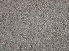 mur en crepis comment lisser un cr 233 pi de fa 231 ade bricobistro