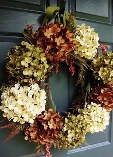 deko mit getrockneten hortensien id 233 e de d 233 co en automne 100 couronnes de porte