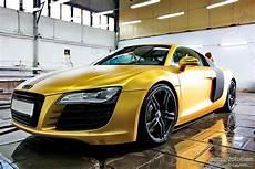 audi r8 gold ostenta 231 227 o carros de ouro gold car copiei de artigos