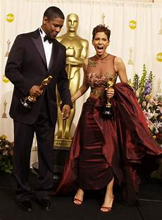 s und g halle denzel washington and halle berry 2002 pictures from