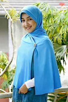 Foto Model Jilbab Koleksi Gadis Berhijab Cantik Jadi