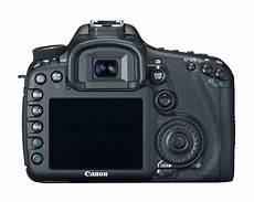 canon 7d slr canon eos 7d 18 mp cmos digital slr only the