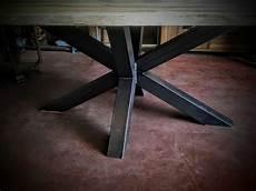 pieds de table design table bois m 233 tal pied central design industriel