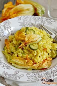 ricetta per risotto ai fiori di zucca risotto fiori di zucca e zafferano ricette della nonna