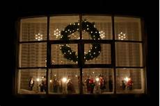 Lighted Decorations For Windows by Window Lights Doliquid