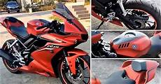 yamaha r15 v3 modified to like yamaha r1m