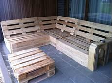 palettenmöbel selber bauen tisch aus paletten 2015 trends m 246 bel aus paletten diy