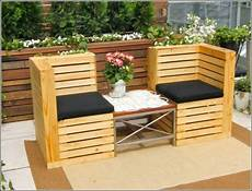 meubles de jardin en palettes 13 cool diy outdoor furniture made of pallet