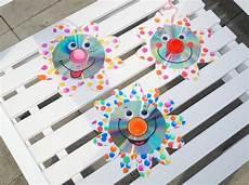 Basteln Mit Cd Upcycling Funkelnde Cd Blumen Basteln Mit Kindern