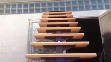 marche escalier hetre stair droit en acier marche en h 234 tre avec led