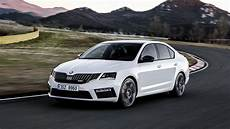 2017 Skoda Octavia Rs Facelift Brings The Same Headlights