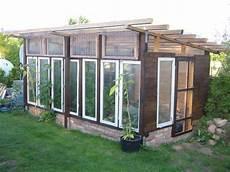 gartenhaus selbst bauen gew 228 chshaus aus alten fenstern living home