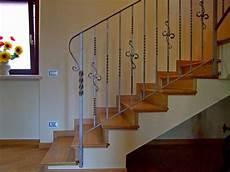 corrimano in ferro battuto per scale interne ringhiere in ferro battuto meglio di ringhiere ferro