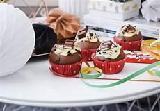 Kinderschokolade Muffins Torte Mehr F 252 R Kindergeburtstag