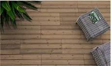 dalle pour balcon am 233 nager un balcon avec une dalle en bois