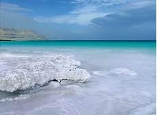 Laut Mati Gosip Gambar